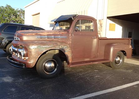 Ford f1 pickup truck petrol garage for Garage ford denney 90